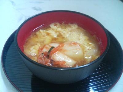 キムチと卵の味噌汁