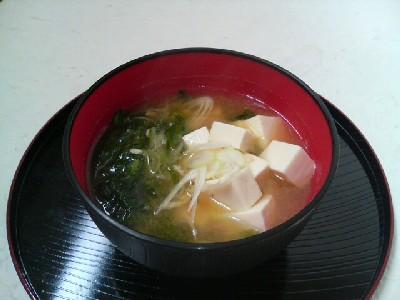 青海苔と豆腐の味噌汁