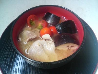 夏野菜の豚汁