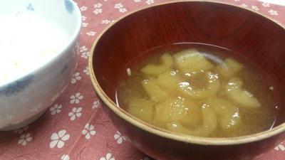 胡瓜の味噌汁
