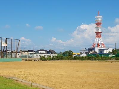 直江津中学グラウンド NTT鉄塔
